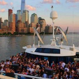 Image for BOOZE CRUISE, PARTY CRUISE  NEW YORK CITY, VIEWS  OF STATUE OF LIBERTY,Cockctails & drinks